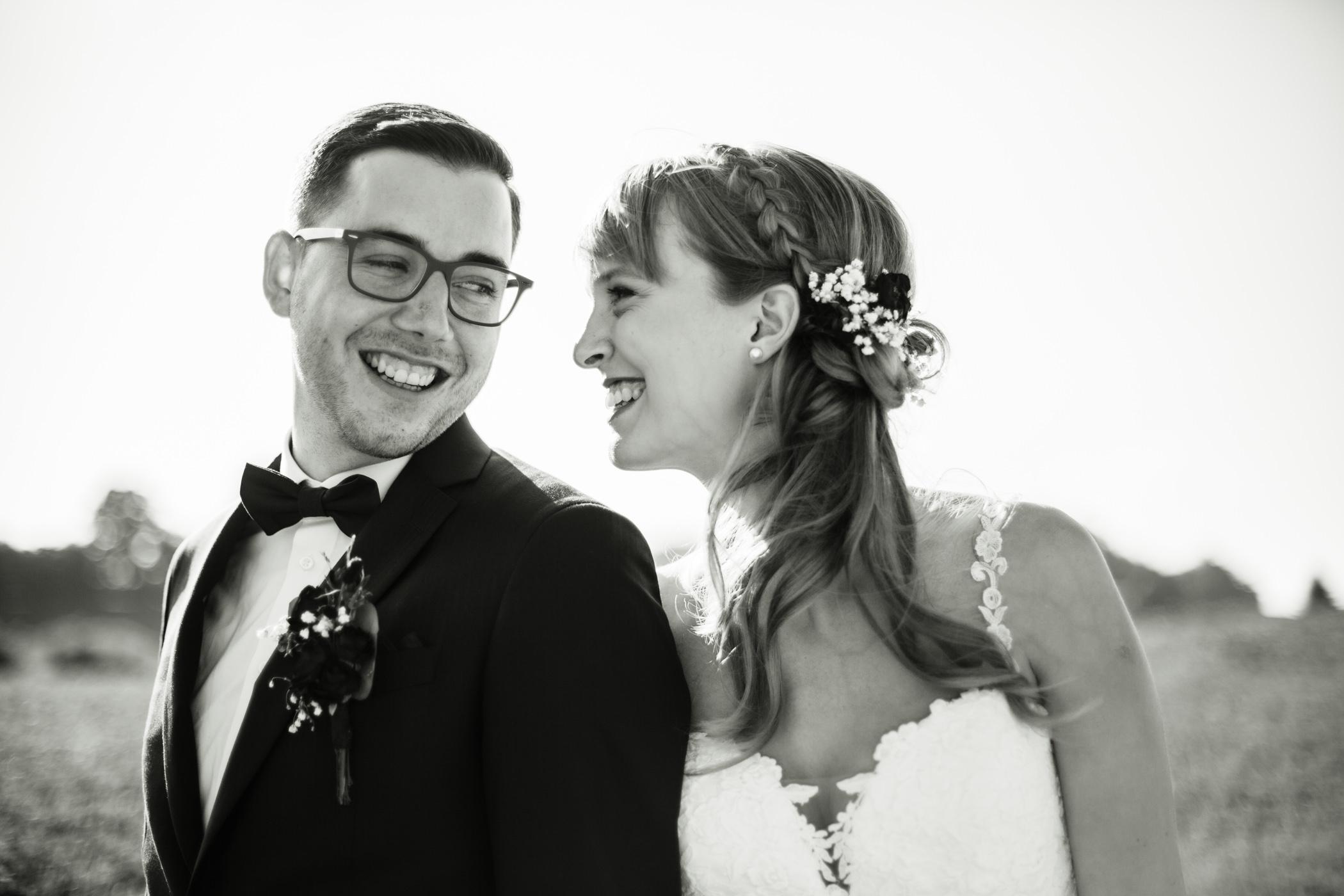 Hochzeitspaar natürliche Bilder auf dem Gurten Bern
